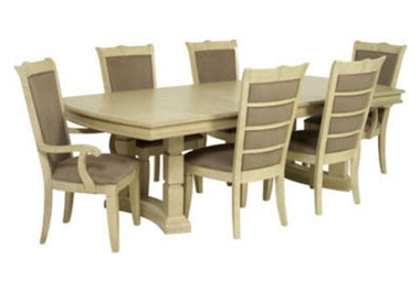 Brunswick Extending table with 4 side chairs only