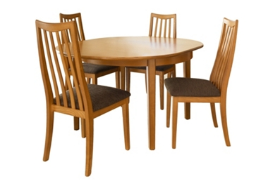 G Plan New Fresco Circular ext. table with 4 slat back chairs