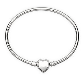Chamilia sterling silver small oval bangle with heart snap - Product number 1605151