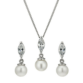 Sterling silver cultured freshwater pearl pendant & earrings - Product number 1655183
