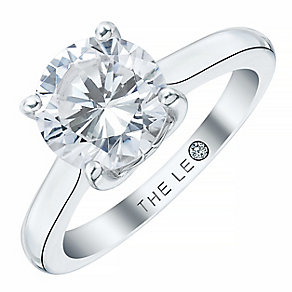Leo Diamond Platinum 2ct I-SI2 Solitaire Ring - Product number 1747622