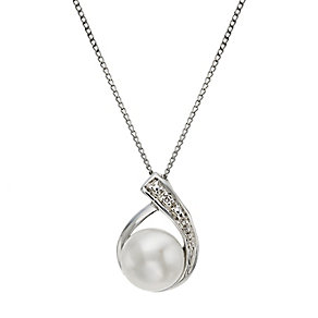 9ct white gold cultured freshwater pearl & diamond pendant - Product number 2248131