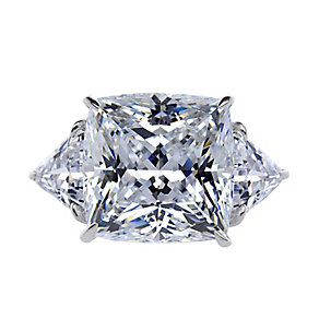 CARAT* 9ct white gold cushion trilogy ring size O - Product number 2406098