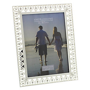 Silver Plated Crystal Set Heart Design 4 x 7 Photo Frame - Product number 2609762