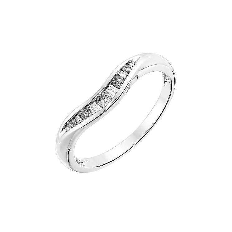 9ct white gold 0.15CT diamond shaped wedding ring - Product number 2630095