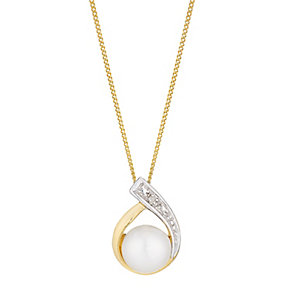 9ct yellow gold freshwater pearl and diamond pendant - Product number 2777991