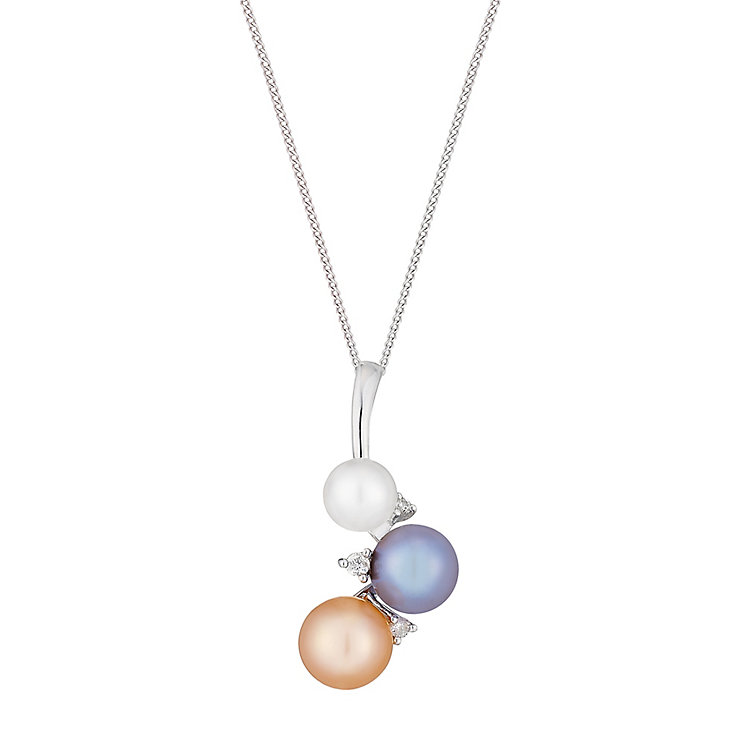 9ct white gold cultured freshwater pearl and diamond pendant - Product number 2778041