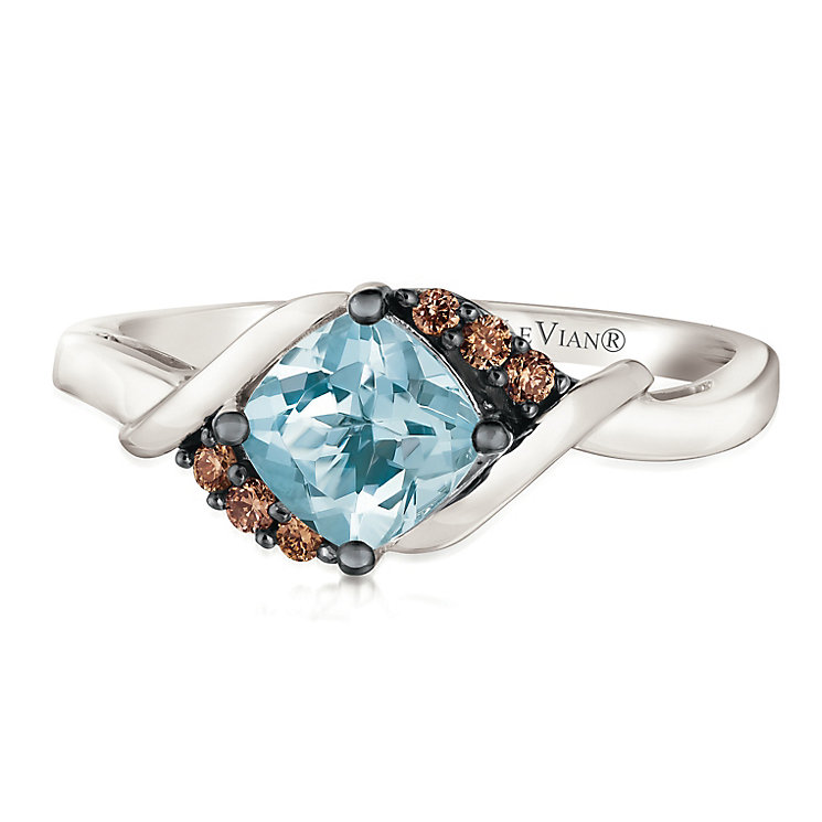 14ct Vanilla Gold Sea Blue Aquamarine & Diamond Ring - Product number 2990962