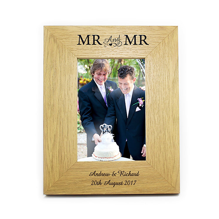 Engraved Mr & Mr 6x4 Wooden Frame - Product number 3486745