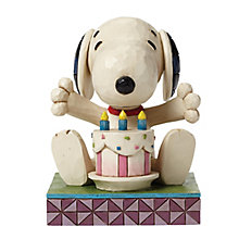 Peanuts Happy Birthday Snoopy Figurine - Product number 4131509