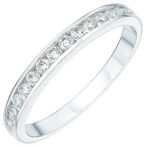 Platinum third carat diamond half-eternity ring - Product number 4228642