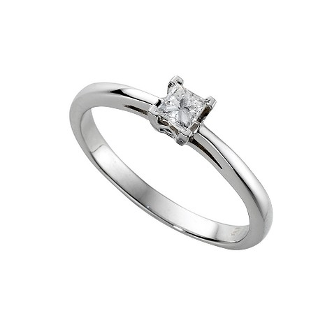 18ct white gold princess cut diamond solitaire ring