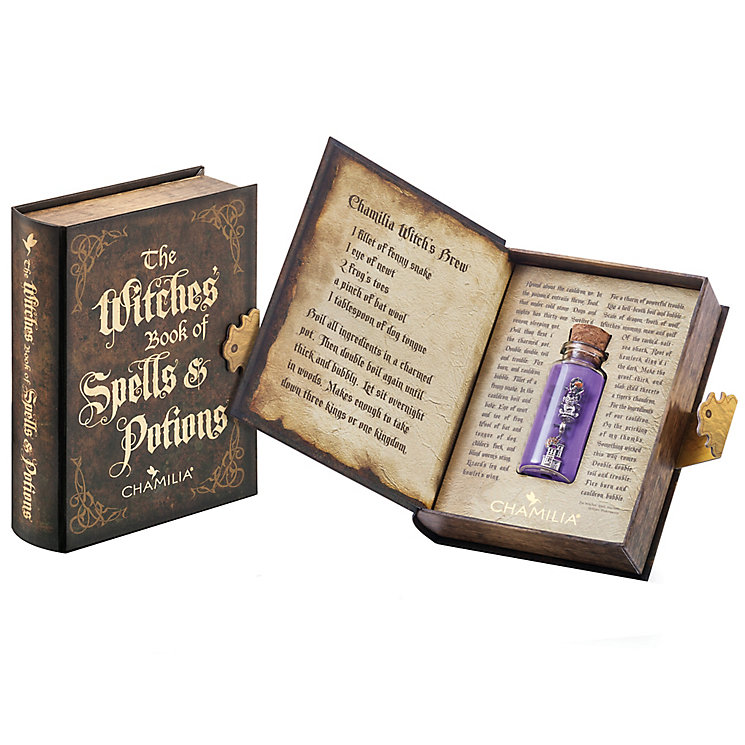 Chamilia Book Of Potions & Spells - Product number 5092620