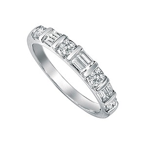 Platinum half carat brilliant and baguette cut diamond ring - Product number 5165059