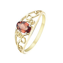9ct Gold Garnet Flower Detail Ring - Product number 5323606
