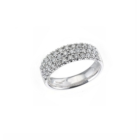 Platinum one carat diamond ring