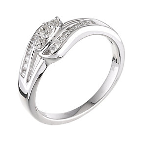 18ct white gold quarter carat diamond three stone ring - Product number 6158919