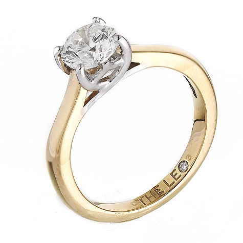 18ct gold one carat Leo Diamond solitaire ring
