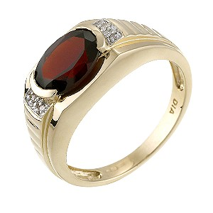 9ct Yellow Gold Diamond Red Garnet Signet Ring