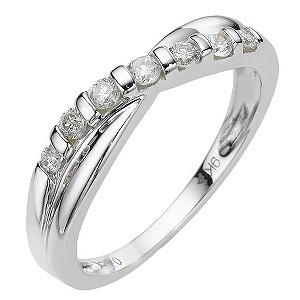 9ct white gold quarter carat diamond ring