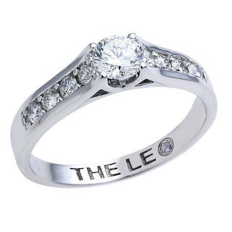 Leo platinum 1 carat diamond bridal ring set