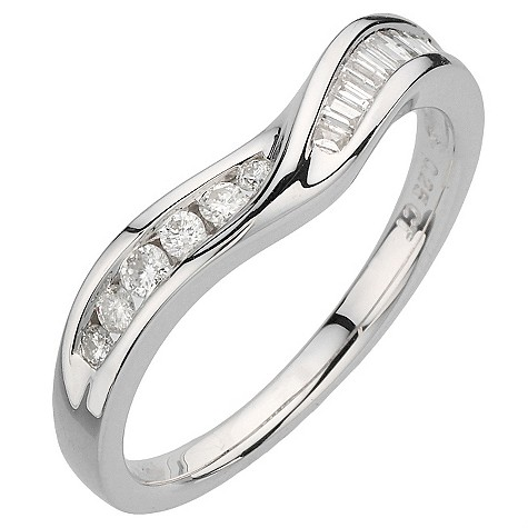 18ct white gold quarter carat round and baguette ring