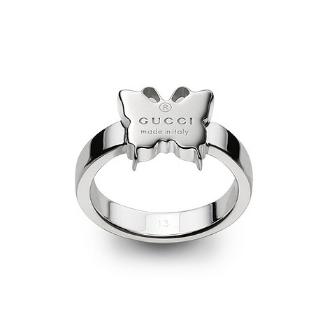 Thin ring with engraved Gucci trademark butterfly