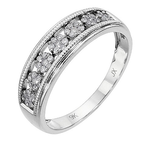 9ct white gold 1/5 carat diamond vintage ring