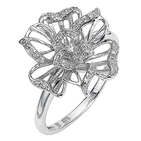 9ct white gold diamond set flower ring