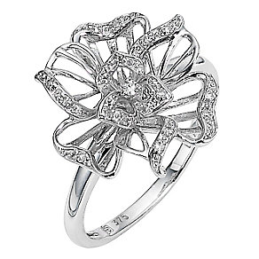 9ct white gold diamond set flower ring - Product number 8486549