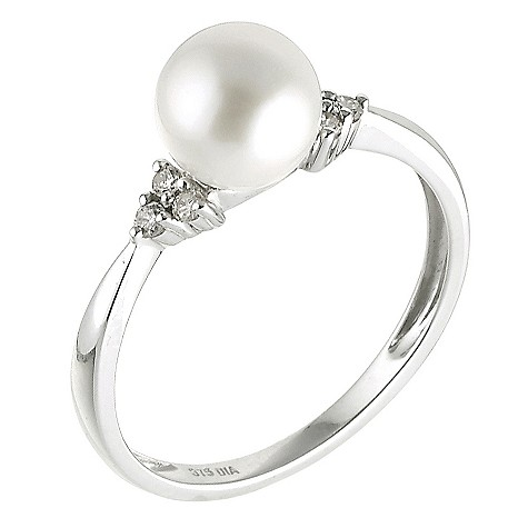 9ct white gold diamond and pearl ring