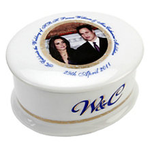 Exclusive Royal Wedding Trinket Box - Product number 8736219