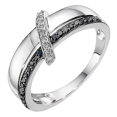 9ct white gold white and black coloured diamond set ring