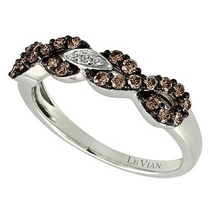 Le Vian 14ct white gold figure of 8 diamond ring - Product number 9057099