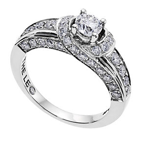 18ct white gold Leo Diamond solitaire & shoulder ring - Product number 9074058