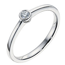 9ct white gold diamond solitaire ring - Product number 9094350