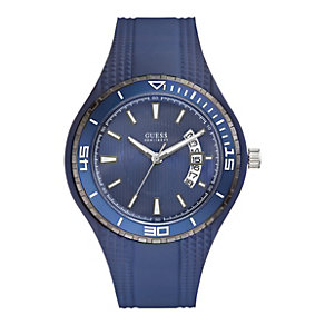 Guess Men's Blue Strap Watch - Product number 9246754