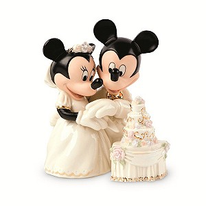 Minnie's Dream Wedding Cake Collectible - Product number 9308172