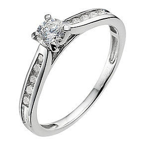 Platinum 0.66ct diamond solitaire ring - Product number 9340963
