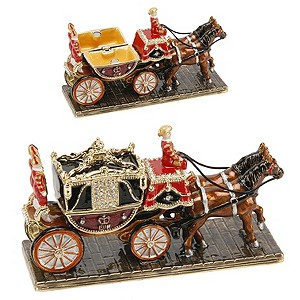 Treasure Trinkets Coach - Product number 9351248